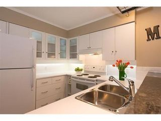 Photo 5: 7 2077 3RD Ave W in Vancouver West: Kitsilano Home for sale ()  : MLS®# V987614