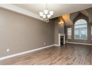 "Photo 3: 27 7465 MULBERRY Place in Burnaby: The Crest Townhouse for sale in ""THE CREST"" (Burnaby East)  : MLS®# R2024058"