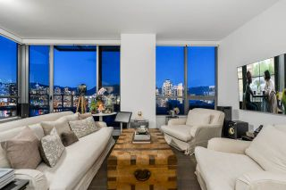 """Photo 6: 1402 1688 PULLMAN PORTER Street in Vancouver: Mount Pleasant VE Condo for sale in """"NAVIO AT THE CREEK"""" (Vancouver East)  : MLS®# R2554724"""