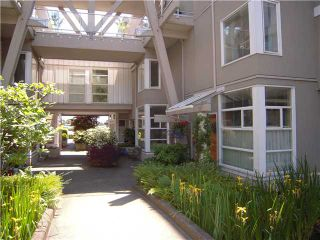 "Photo 3: # 13 2138 E KENT AV in Vancouver: Fraserview VE Condo for sale in ""CAPTAIN'S WALK"" (Vancouver East)  : MLS®# V895912"
