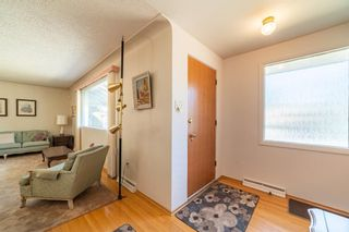 Photo 3: 30 Roselawn Crescent NW in Calgary: Rosemont Detached for sale : MLS®# A1098452