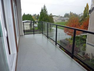 "Photo 6: 313 12070 227 Street in Maple Ridge: East Central Condo for sale in ""STATIONONE"" : MLS®# R2120977"