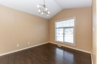 Photo 5: 918 CHAHLEY Crescent in Edmonton: Zone 20 House for sale : MLS®# E4237518
