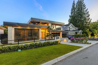 Photo 38: 4077 SUNNYCREST Drive in North Vancouver: Forest Hills NV House for sale : MLS®# R2598735