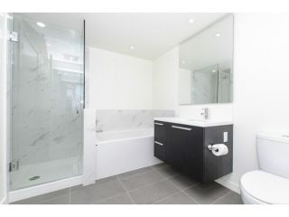 """Photo 5: 1208 6333 SILVER Avenue in Burnaby: Metrotown Condo for sale in """"SILVER"""" (Burnaby South)  : MLS®# R2381311"""