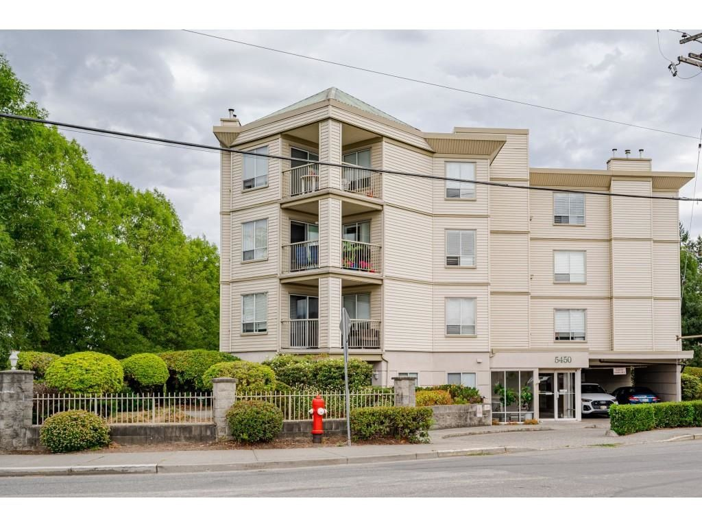 """Photo 24: Photos: 306 5450 208 Street in Langley: Langley City Condo for sale in """"Montgomery Gate"""" : MLS®# R2608181"""
