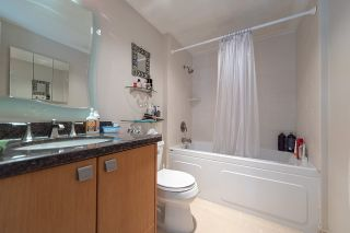 """Photo 18: 1602 1725 PENDRELL Street in Vancouver: West End VW Condo for sale in """"THE STRATFORD."""" (Vancouver West)  : MLS®# R2327665"""