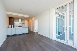 """Photo 5: 3307 4670 ASSEMBLY Way in Burnaby: Metrotown Condo for sale in """"Station Square"""" (Burnaby South)  : MLS®# R2426014"""