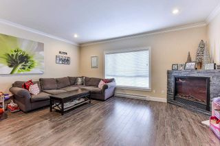"""Photo 9: 5 19938 70TH Avenue in Langley: Willoughby Heights Townhouse for sale in """"summerhill"""" : MLS®# R2329344"""