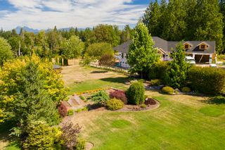 """Photo 5: 24861 40 Avenue in Langley: Salmon River House for sale in """"Salmon River"""" : MLS®# R2604606"""