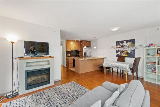 """Photo 3: 906 1189 MELVILLE Street in Vancouver: Coal Harbour Condo for sale in """"THE MELVILLE"""" (Vancouver West)  : MLS®# R2560831"""