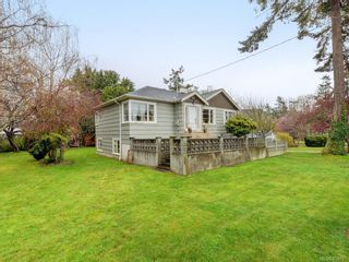 Photo 2: 1170 Munro St in : Es Saxe Point House for sale (Esquimalt)  : MLS®# 859793
