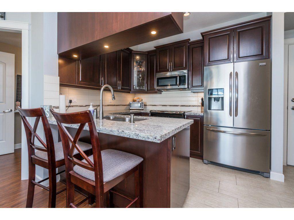 "Photo 7: Photos: 314 12635 190A Street in Pitt Meadows: Mid Meadows Condo for sale in ""CEDAR DOWNS"" : MLS®# R2189305"