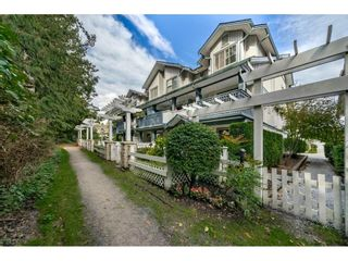 """Photo 3: 34 19250 65 Avenue in Surrey: Clayton Townhouse for sale in """"Sunberry Court"""" (Cloverdale)  : MLS®# R2409973"""
