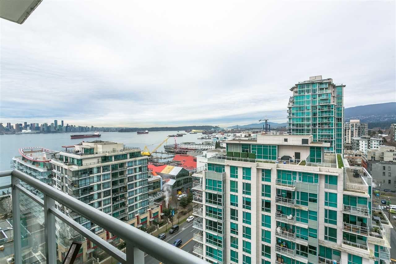 "Main Photo: 1707 188 E ESPLANADE in North Vancouver: Lower Lonsdale Condo for sale in ""Esplanade at the Pier"" : MLS®# R2337400"