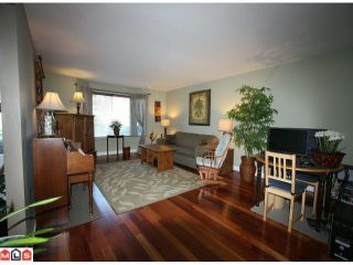 """Photo 3: 13262 AMBLE GREENE Court in Surrey: Crescent Bch Ocean Pk. House for sale in """"Amble Greene"""" (South Surrey White Rock)  : MLS®# F1106317"""