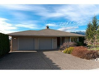 Photo 2: 877 BEACONSFIELD Road: Forest Hills NV Home for sale ()  : MLS®# V991497