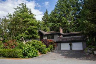 Photo 2: 40176 KINTYRE Drive in Squamish: Garibaldi Highlands House for sale : MLS®# R2074610