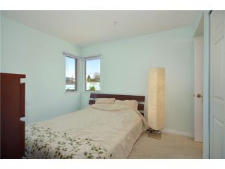 """Photo 5: 306 688 E 16TH Avenue in Vancouver: Fraser VE Condo for sale in """"VINTAGE EAST SIDE"""" (Vancouver East)  : MLS®# V950370"""
