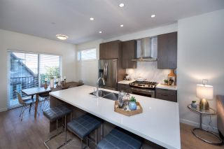 Photo 6: 5283 NANAIMO Street in Vancouver: Victoria VE Townhouse for sale (Vancouver East)  : MLS®# R2210902