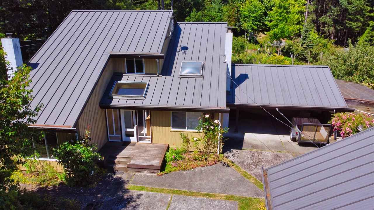 Main Photo: 721 CHARTER Road: Mayne Island House for sale (Islands-Van. & Gulf)  : MLS®# R2481298
