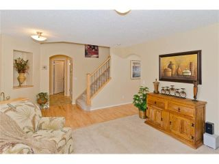 Photo 5: 87 WENTWORTH Circle SW in Calgary: West Springs House for sale : MLS®# C4055717
