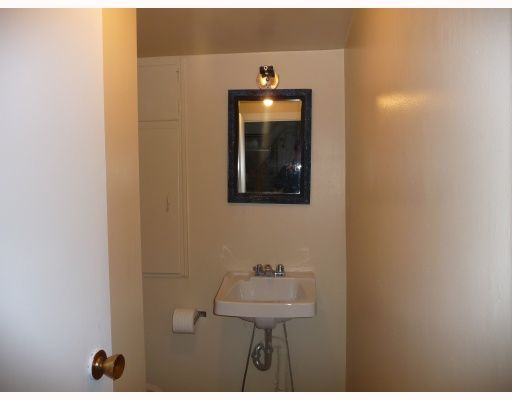 Photo 8: Photos: 2457 BROCK Street in Vancouver: Collingwood VE House for sale (Vancouver East)  : MLS®# V810270