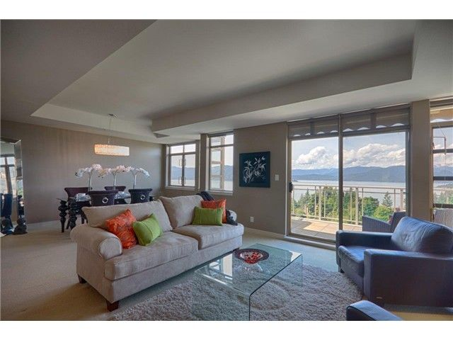 """Main Photo: 8543 SEASCAPE CT in West Vancouver: Howe Sound Townhouse for sale in """"SEASCAPES"""" : MLS®# V1011832"""