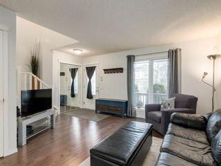 Photo 2: 162 Prestwick Rise SE in Calgary: McKenzie Towne Detached for sale : MLS®# A1050191