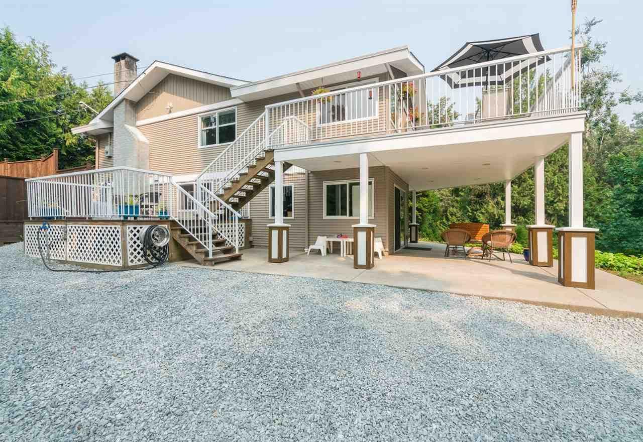 "Photo 7: Photos: 28258 MYRTLE Avenue in Abbotsford: Bradner House for sale in ""BRADNER"" : MLS®# R2456494"