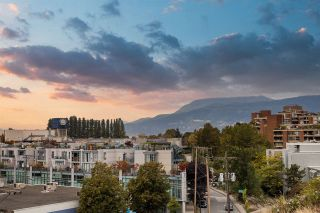"""Photo 29: PH610 1540 W 2ND Avenue in Vancouver: False Creek Condo for sale in """"The Waterfall Building"""" (Vancouver West)  : MLS®# R2580752"""