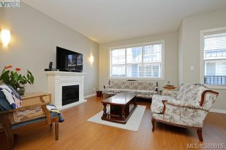 Photo 3: 107 2661 Deville Rd in VICTORIA: La Langford Proper Row/Townhouse for sale (Langford)  : MLS®# 765192
