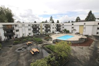 """Photo 12: 325 12170 222 Street in Maple Ridge: West Central Condo for sale in """"WILDWOOD TERRACE"""" : MLS®# R2353429"""