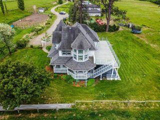 Photo 2: 9373 YELLOWHEAD HIGHWAY in Kamloops: McLure/Vinsula House for sale : MLS®# 162707