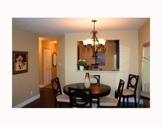 Photo 4: 303 - 1695 Augusta Avenue in Burnaby: Simon Fraser Univer. Condo for sale (Burnaby North)  : MLS®# V780603