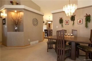 Photo 5: 15 Lessard Place in Winnipeg: Island Lakes Residential for sale (2J)  : MLS®# 1809876