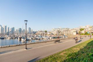 Photo 37: 694 MILLBANK in Vancouver: False Creek Townhouse for sale (Vancouver West)  : MLS®# R2496672