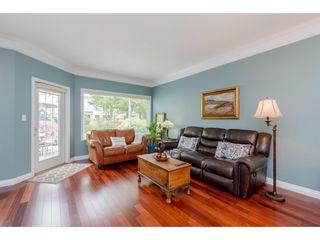 "Photo 3: 10 4748 53 Street in Delta: Delta Manor Townhouse for sale in ""SUNNINGDALE"" (Ladner)  : MLS®# R2367578"