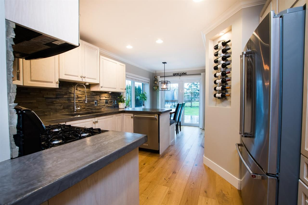 Photo 9: Photos: 6742 LADNER TRUNK Road in Delta: Holly House for sale (Ladner)  : MLS®# R2536007