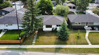 Photo 2: 10220 Elbow Drive SW in Calgary: Southwood Detached for sale : MLS®# A1129799