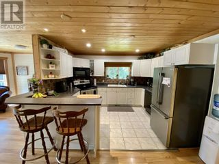 Photo 6: 5730 TIMOTHY LAKE ROAD in Lac La Hache: House for sale : MLS®# R2602397