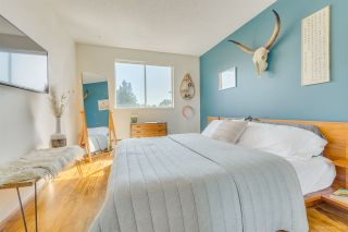 """Photo 12: 109 340 W 3RD Street in North Vancouver: Lower Lonsdale Condo for sale in """"MCKINNON HOUSE"""" : MLS®# R2550122"""