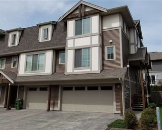 Photo 1: 16 45025 WOLFE ROAD in Chilliwack: Chilliwack W Young-Well Townhouse for sale : MLS®# R2259630