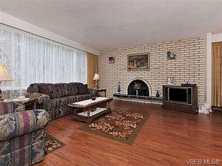 Photo 2: 970 Haslam Ave in VICTORIA: La Glen Lake House for sale (Langford)  : MLS®# 655387