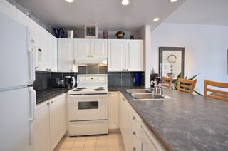 """Photo 4: 305 2588 ALDER Street in Vancouver: Fairview VW Condo for sale in """"BOLLERT PLACE"""" (Vancouver West)  : MLS®# V877184"""