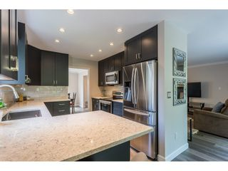Photo 3: 14 72 JAMIESON Court in New Westminster: Fraserview NW Townhouse for sale : MLS®# R2463593