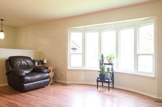 Photo 2: 547 Linshart Rd in : CV Comox (Town of) House for sale (Comox Valley)  : MLS®# 868859