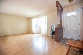 Photo 3: 22 Brendalee Bay in Winnipeg: St Charles Residential for sale (5G)  : MLS®# 202013623