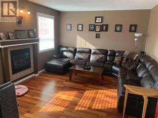 Photo 6: 18 Railroad Avenue in Faust: House for sale : MLS®# A1103334
