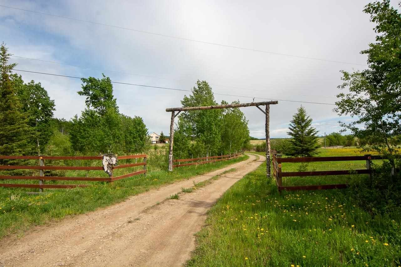 Main Photo: 5931 NORTH PINE Road in Fort St. John: Fort St. John - Rural W 100th House for sale (Fort St. John (Zone 60))  : MLS®# R2569057